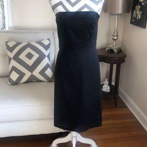 🎉 Ann Taylor Black Strapless Dress